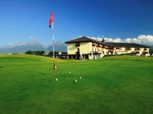 Golfový rezort Black Stork, A PGA Golf Course